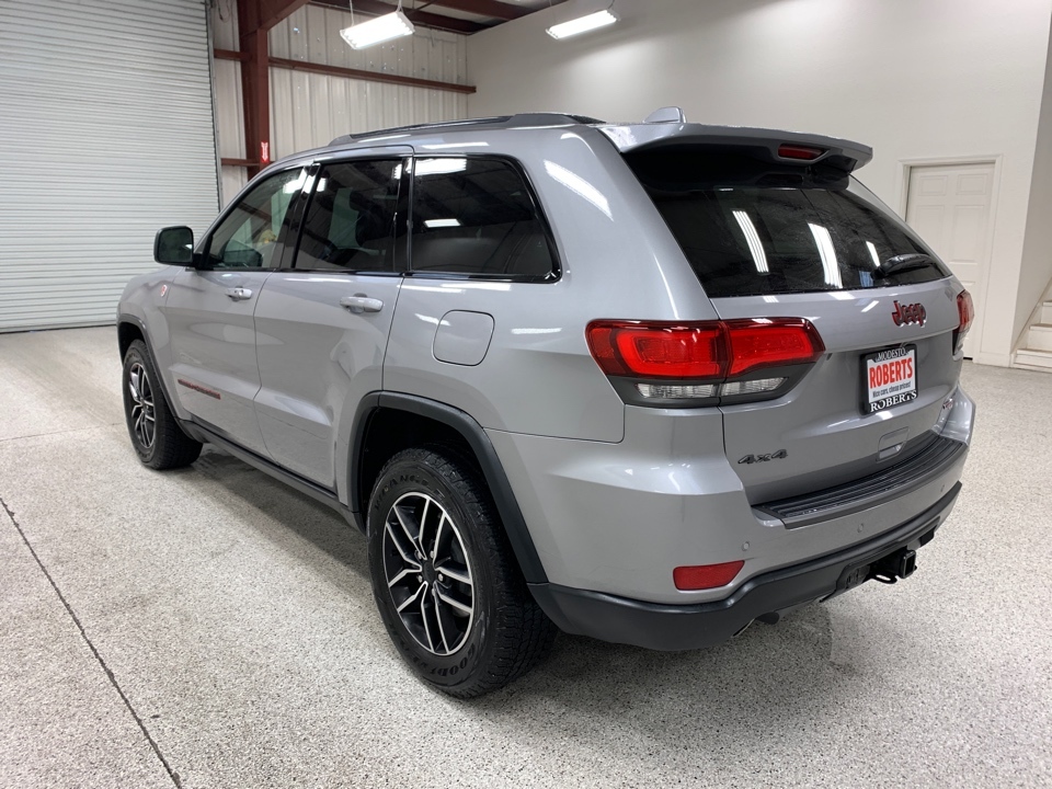 Roberts Auto Sales 2020 Jeep Grand Cherokee