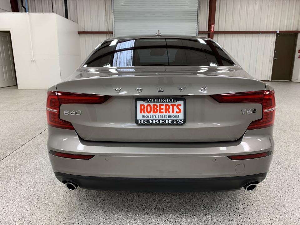 Roberts Auto Sales 2019 Volvo S60