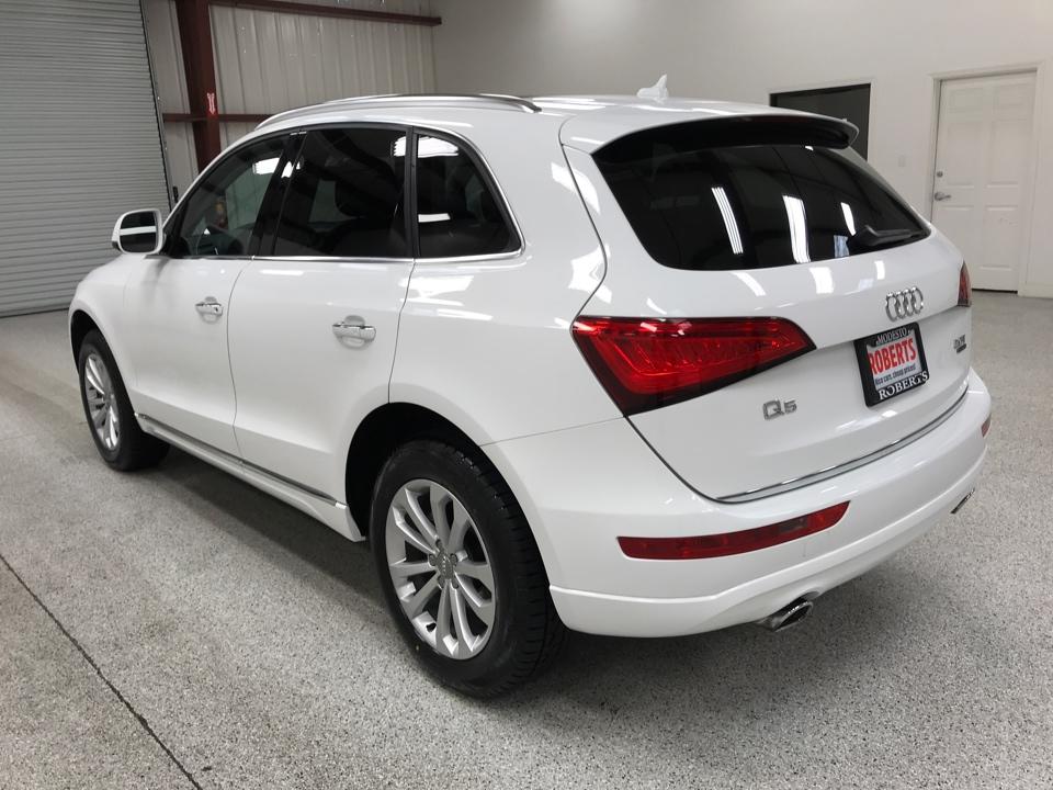 Roberts Auto Sales 2017 Audi Q5