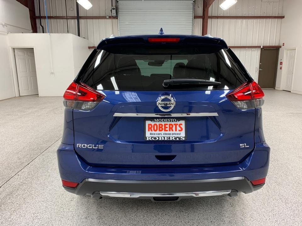Roberts Auto Sales 2017 Nissan Rogue