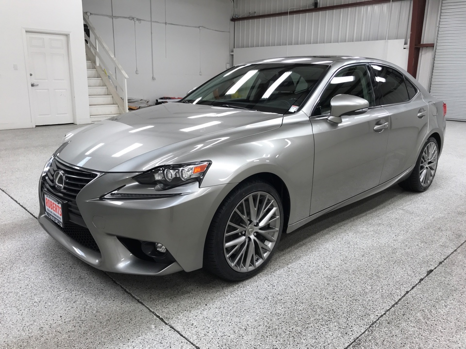 Roberts Auto Sales 2016 Lexus IS