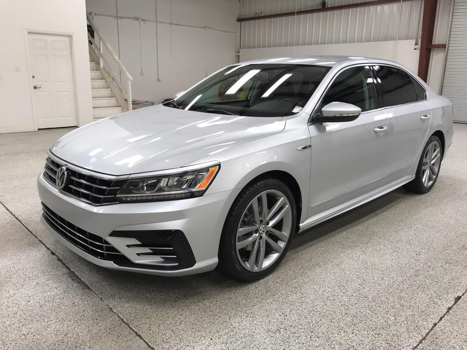 Roberts Auto Sales 2017 Volkswagen Passat