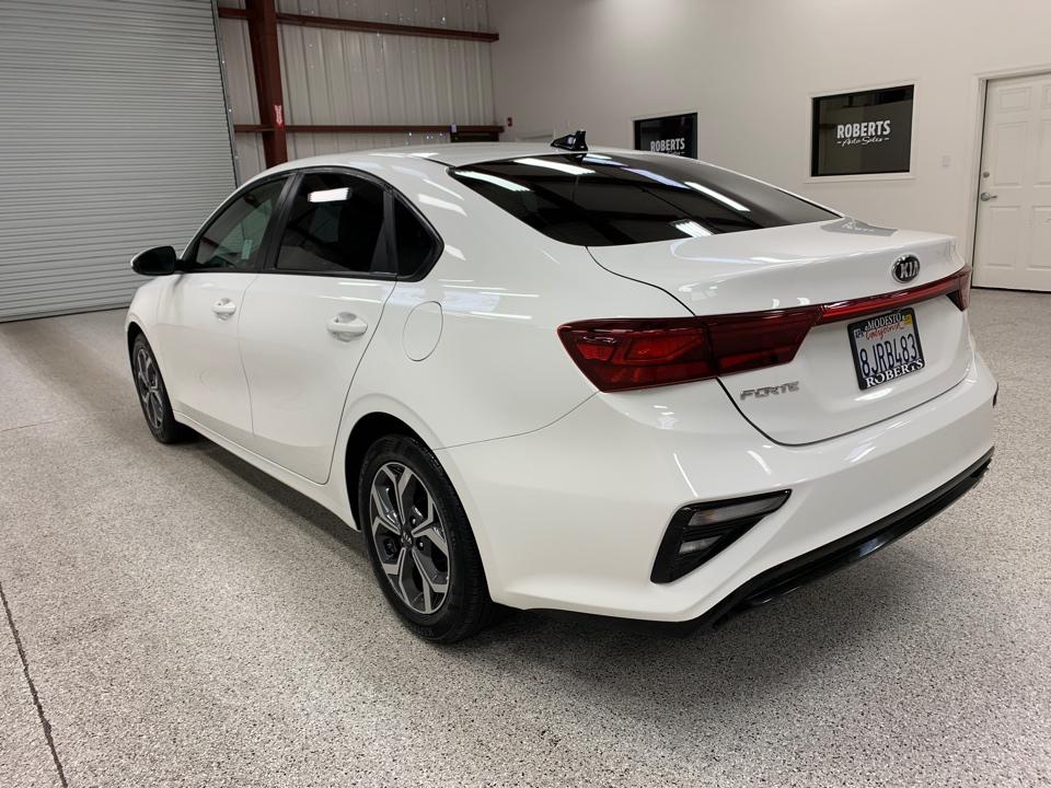 Roberts Auto Sales 2019 Kia Forte