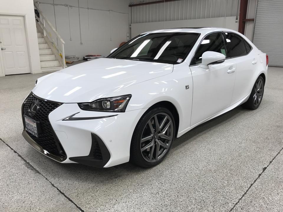 Roberts Auto Sales 2019 Lexus IS