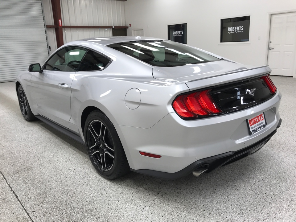 Roberts Auto Sales 2019 Ford Mustang