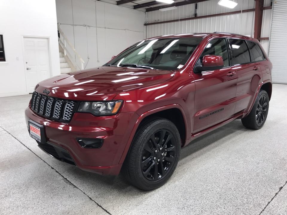Roberts Auto Sales 2020 Jeep Grand Cherokee