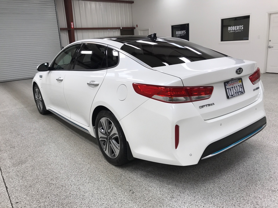 Roberts Auto Sales 2017 Kia Optima Plug-in
