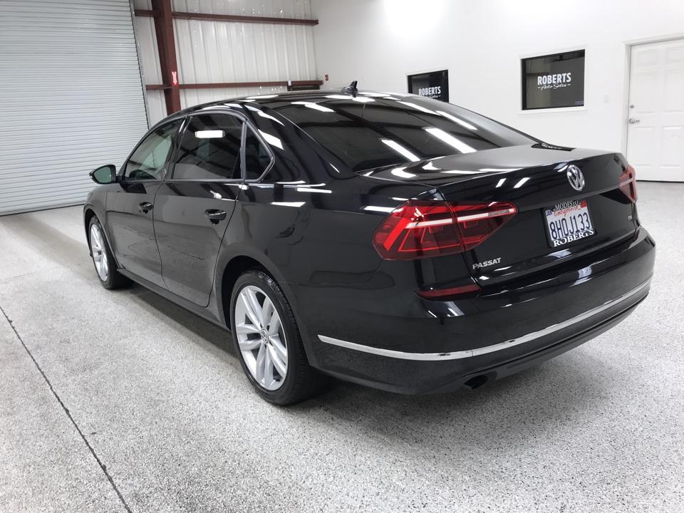 Roberts Auto Sales 2019 Volkswagen Passat
