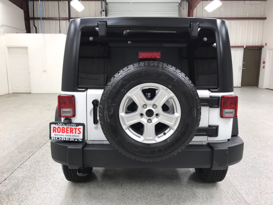 Roberts Auto Sales 2015 Jeep Wrangler