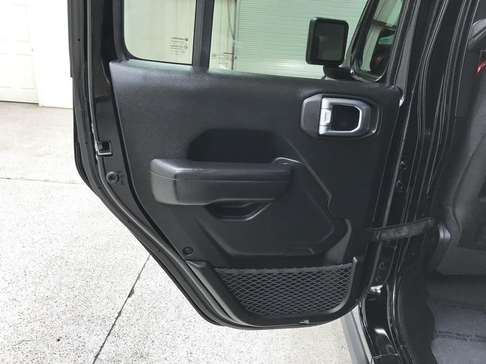 2020 Jeep Wrangler - Roberts