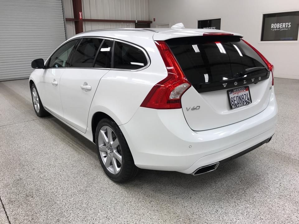 Roberts Auto Sales 2017 Volvo V60