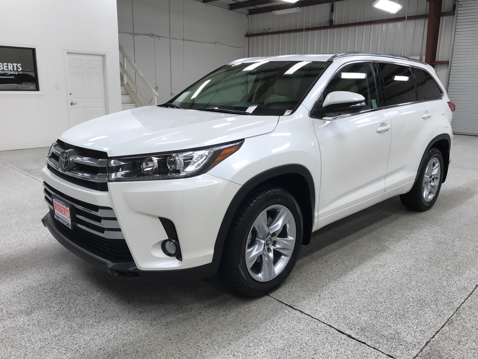 Roberts Auto Sales 2017 Toyota Highlander