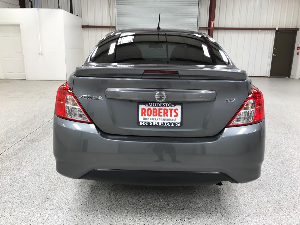 Roberts Auto Sales 2019 Nissan Versa