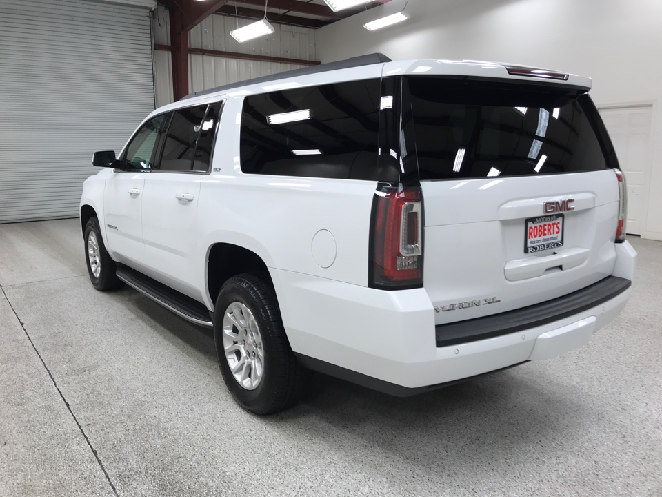 Roberts Auto Sales 2019 GMC Yukon XL