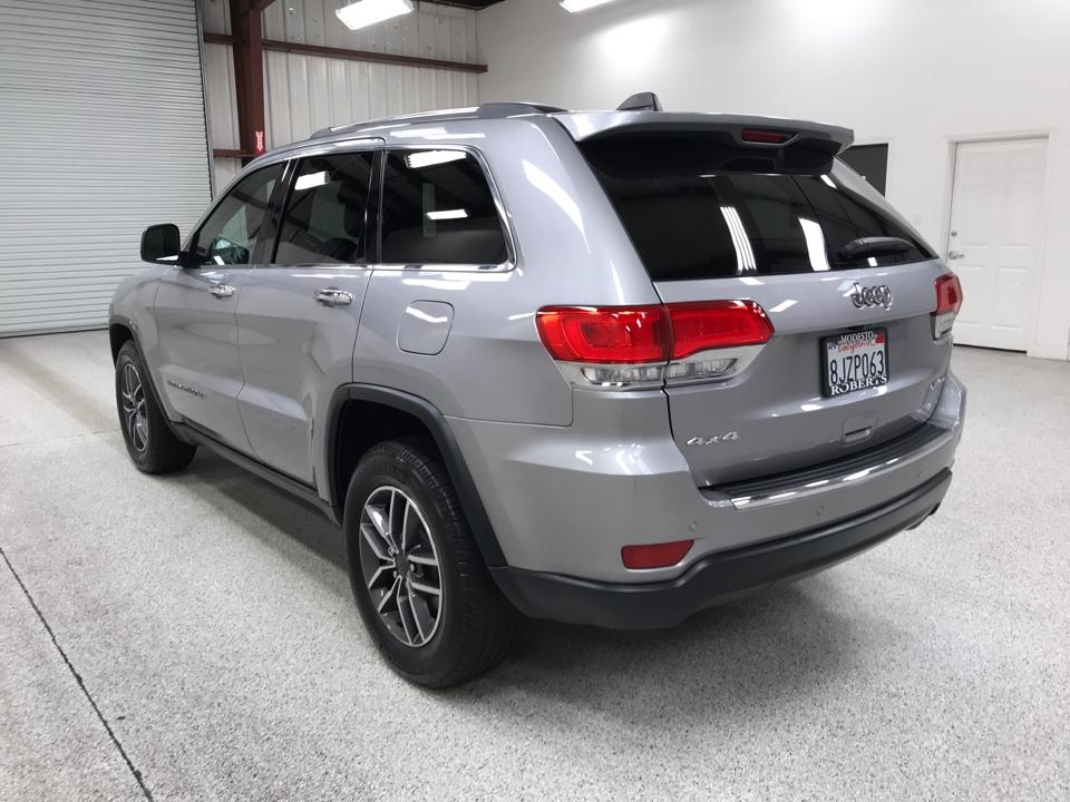 Roberts Auto Sales 2019 Jeep Grand Cherokee