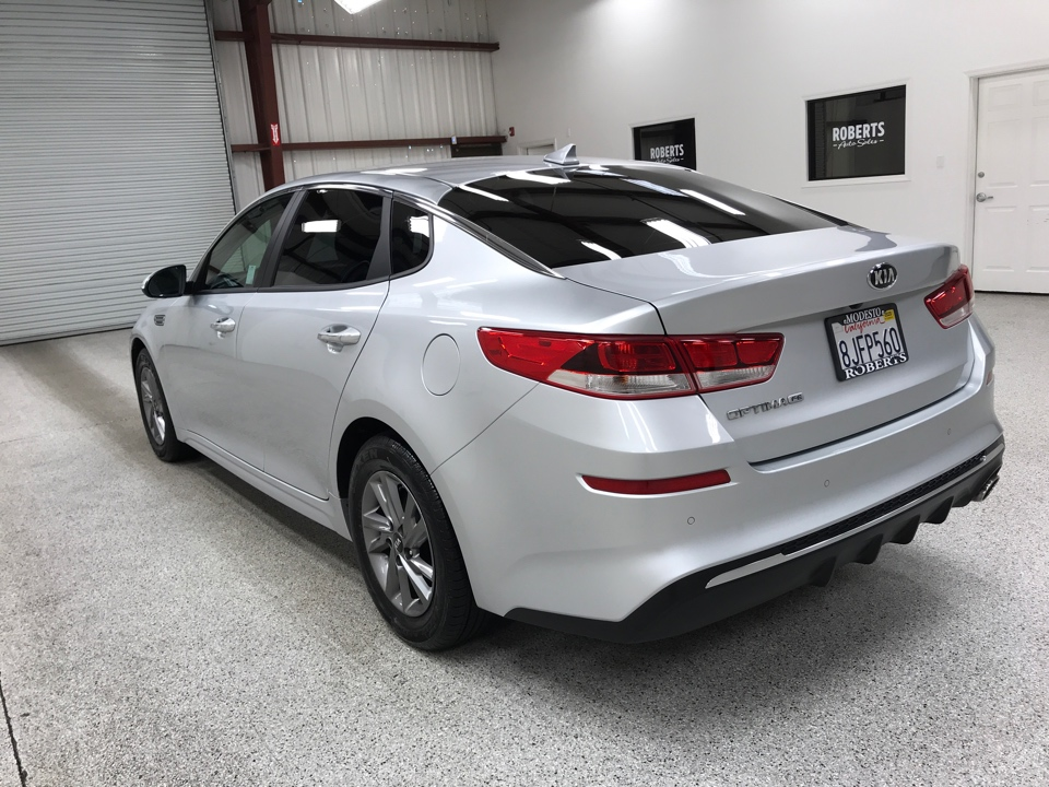 Roberts Auto Sales 2019 Kia Optima
