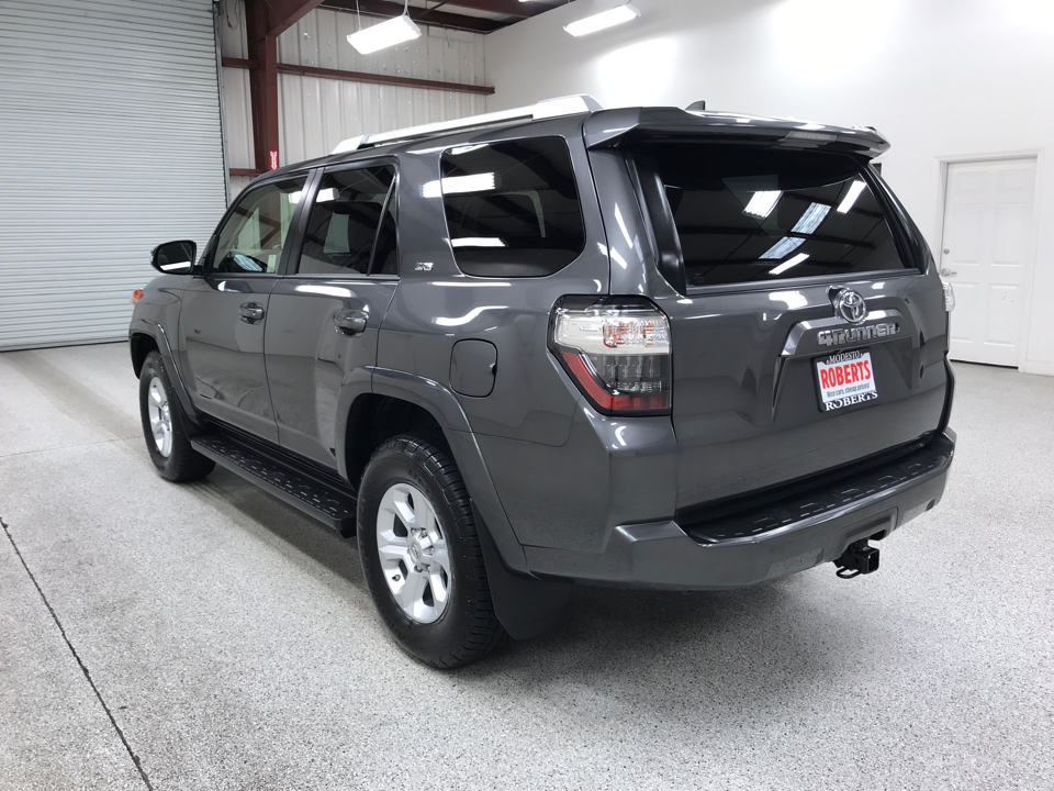 Roberts Auto Sales 2017 Toyota 4Runner
