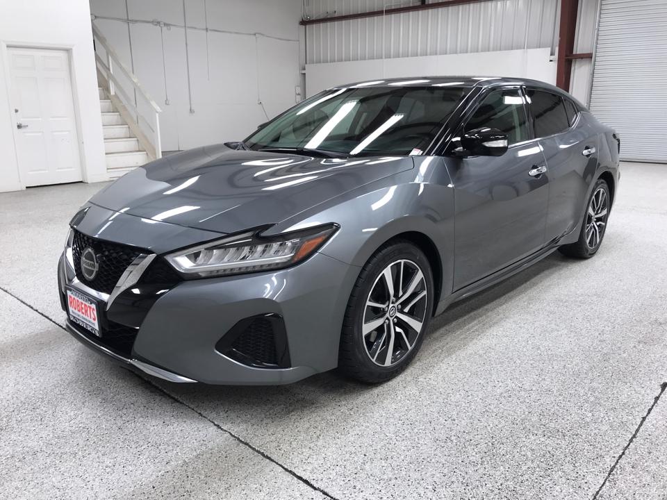 Roberts Auto Sales 2019 Nissan Maxima