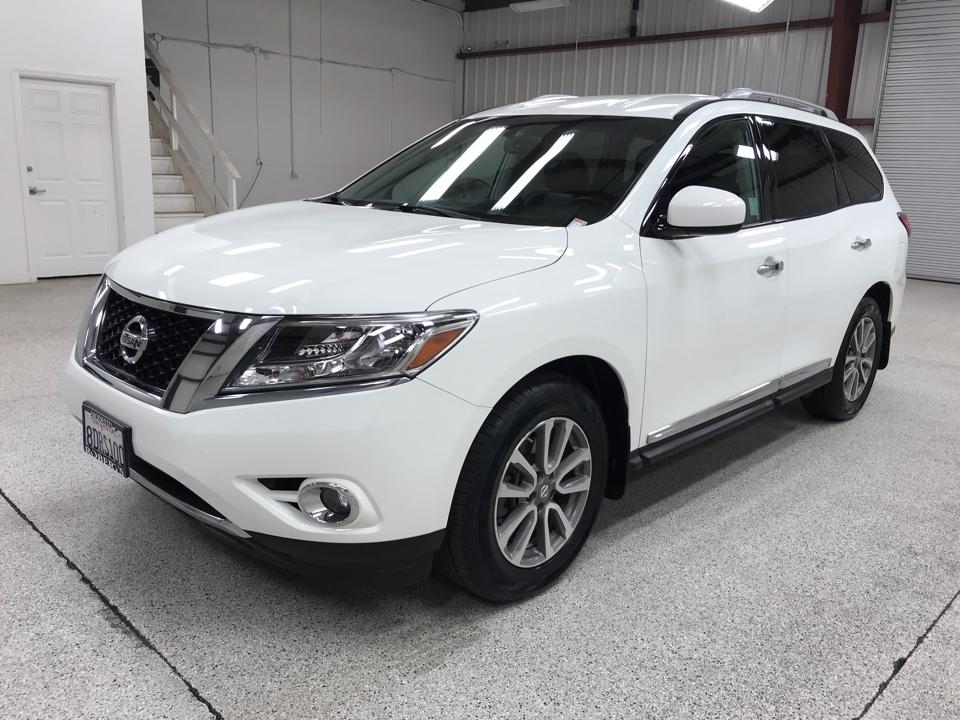 Roberts Auto Sales 2016 Nissan Pathfinder