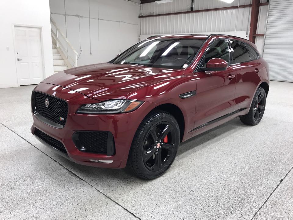 Roberts Auto Sales 2017 Jaguar F-PACE