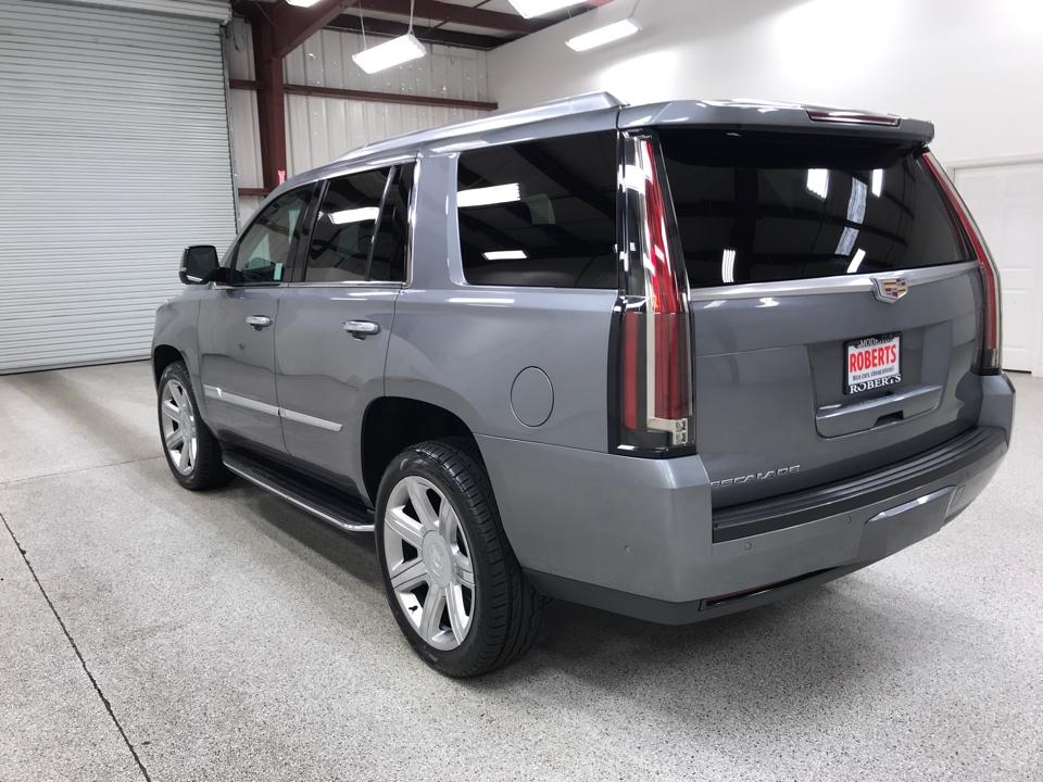 Roberts Auto Sales 2019 Cadillac Escalade