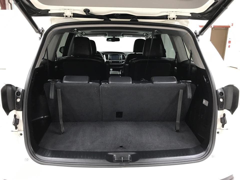 2015 Toyota Highlander - Roberts