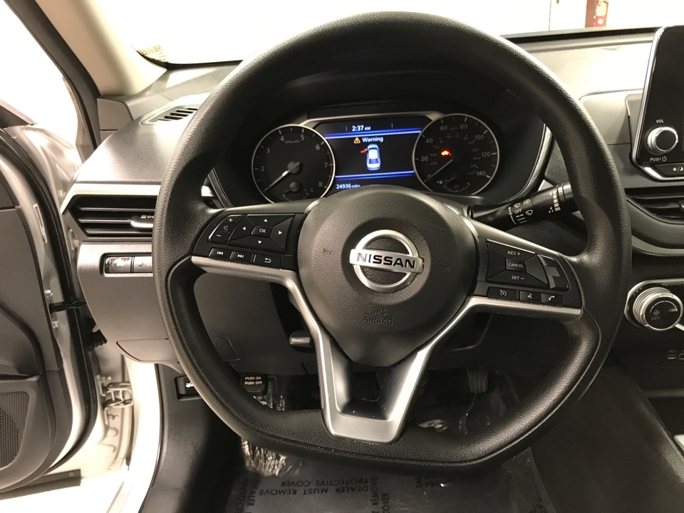 2019 Nissan Altima - Roberts