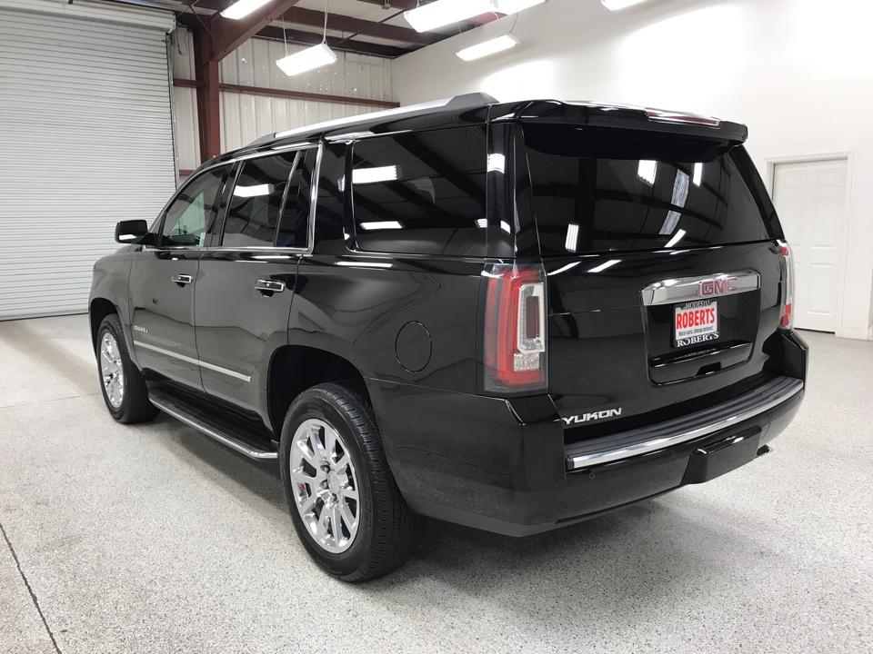 2018 GMC Yukon - Roberts