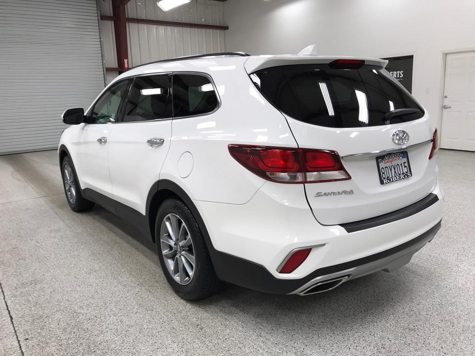 Roberts Auto Sales 2017 Hyundai Santa Fe
