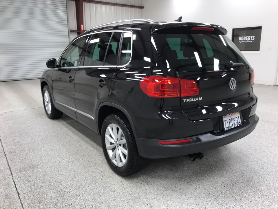 Roberts Auto Sales 2017 Volkswagen Tiguan