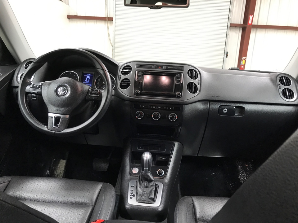 2017 Volkswagen Tiguan - Roberts