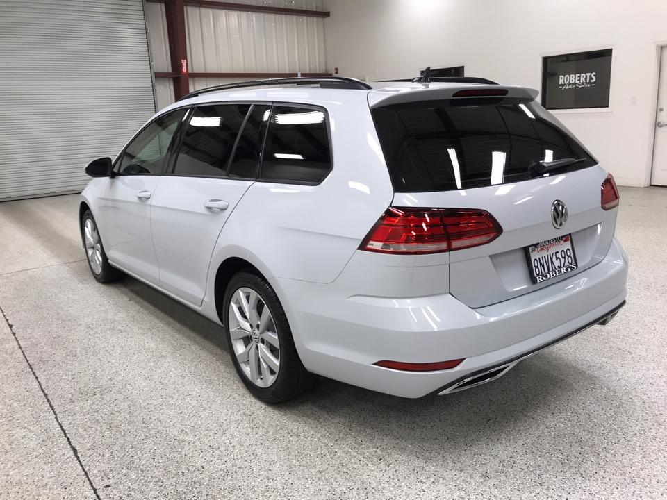 Roberts Auto Sales 2019 Volkswagen Golf SportWagen