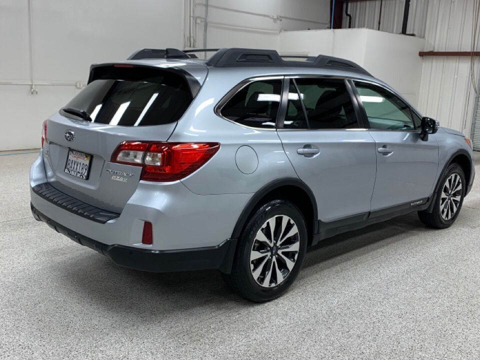 2017 Subaru Outback - Roberts