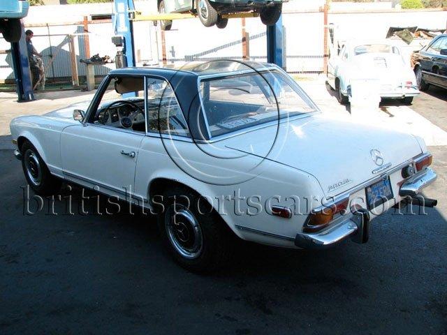 British Sports Cars car search / 1965 Mercedes 230 SL
