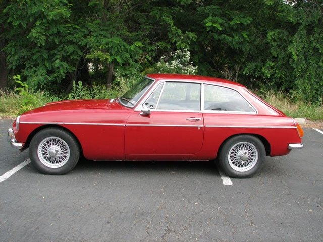 British Sports Cars car search / 1966 MG MGB-GT
