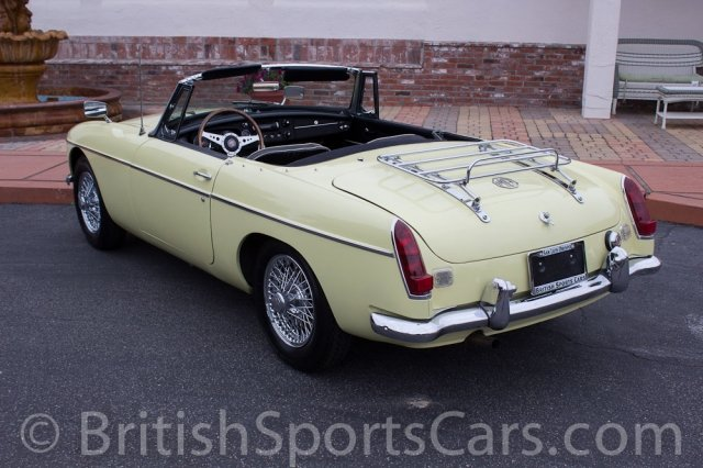 British Sports Cars car search / 1967 MG MGB