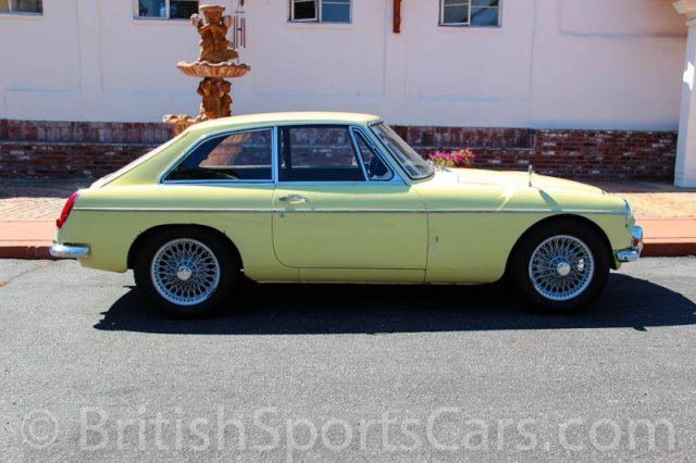 British Sports Cars car search / 1968 MG MGC