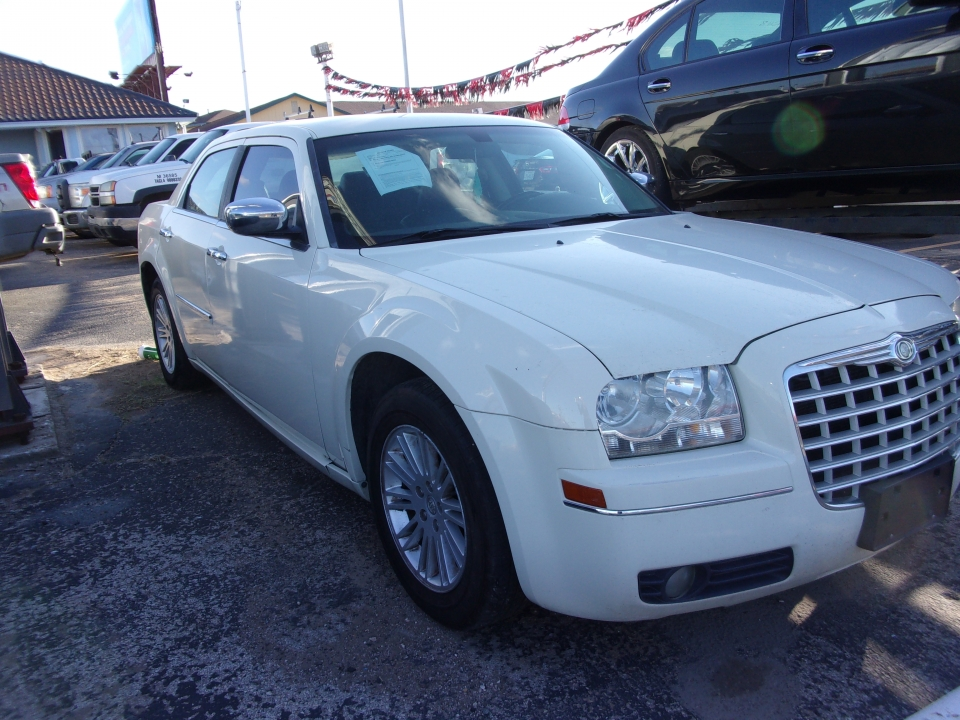 2010 Chrysler 300 TOURING /