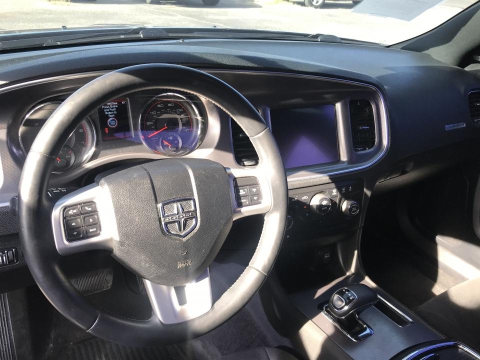 2013 Dodge Challenger  /
