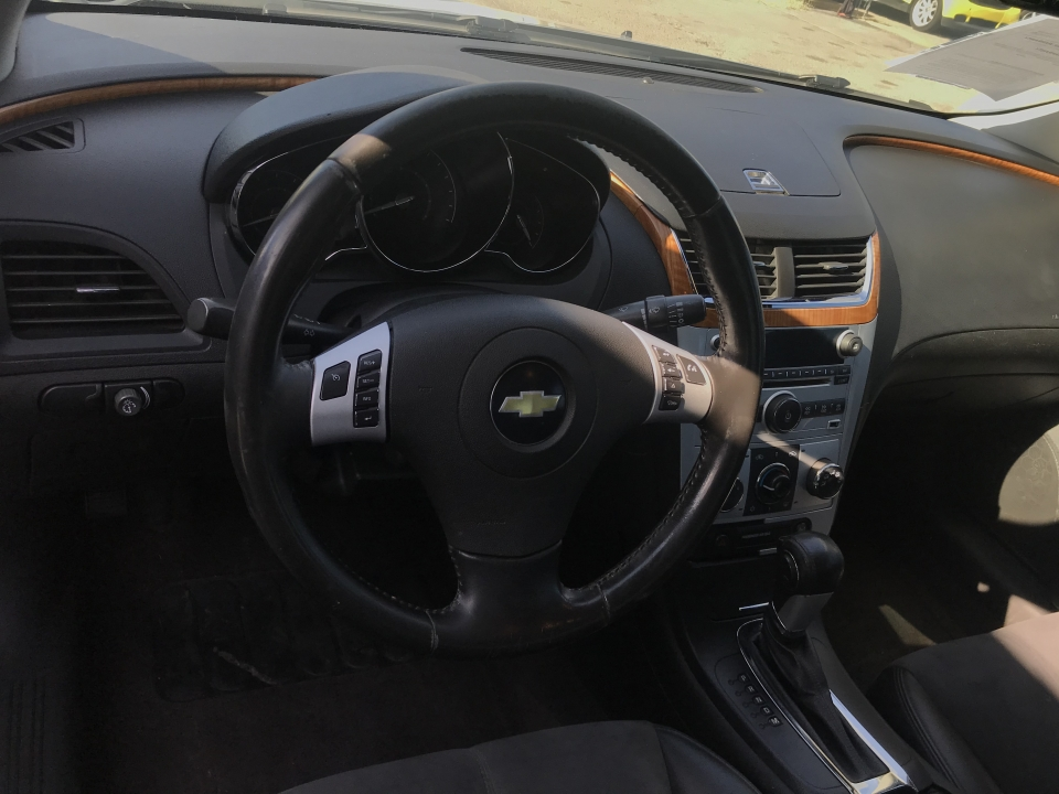 2011 Chevrolet Malibu 2LT /