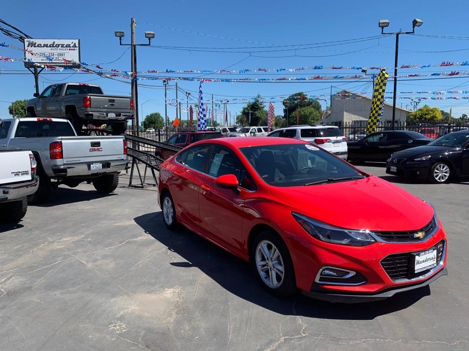 Mendoza's Auto Sales car search / 2017 Chevrolet Cruze