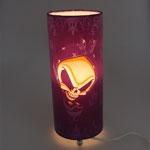 Abajur Cilíndrico Purple Skull em Corvin - 29x14 cm