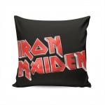 Almofada Iron Maiden - 37x37 cm