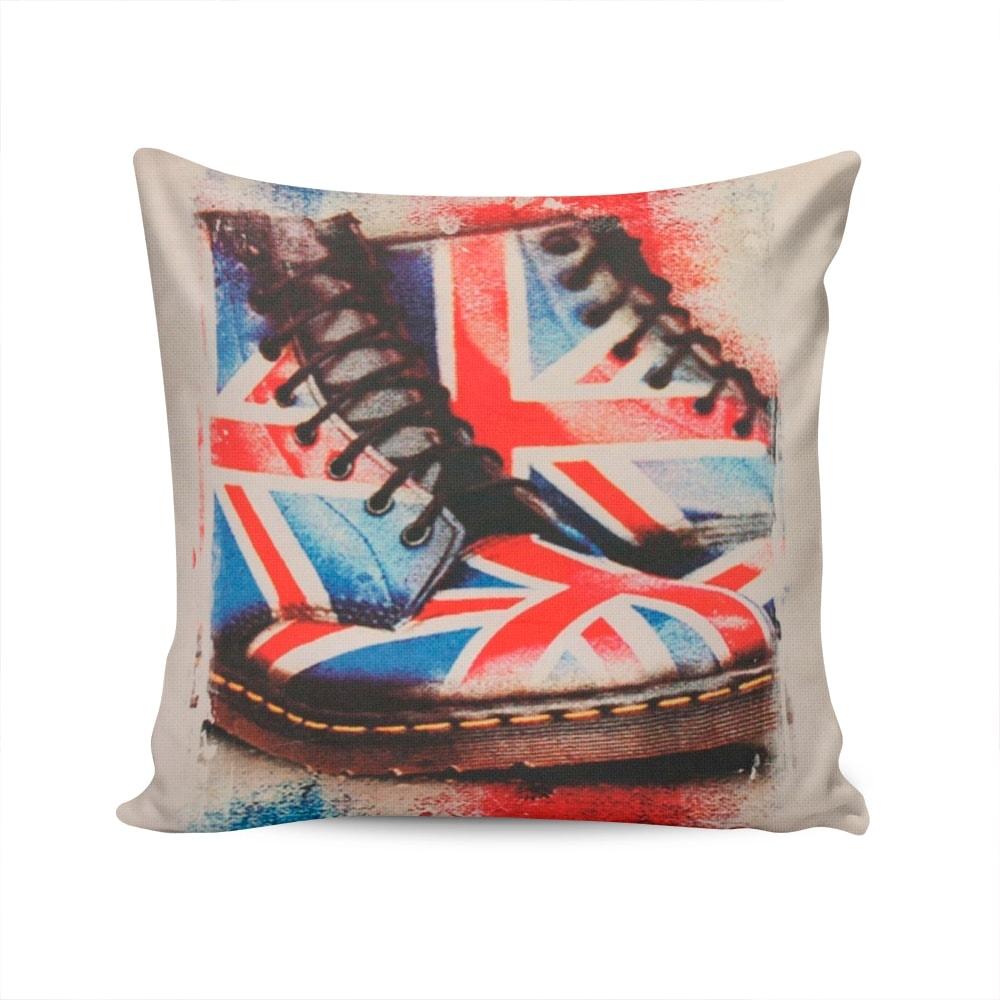 Almofada Napole Sapatos com a Bandeira da Inglaterra Capa Bege em Poliéster - 50x50 cm