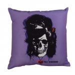 Almofada Skull Amy Winehouse em Poliéster - 43x43 cm
