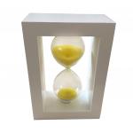 Ampulheta em Madeira Branca com Areia Amarela - 15x10 cm