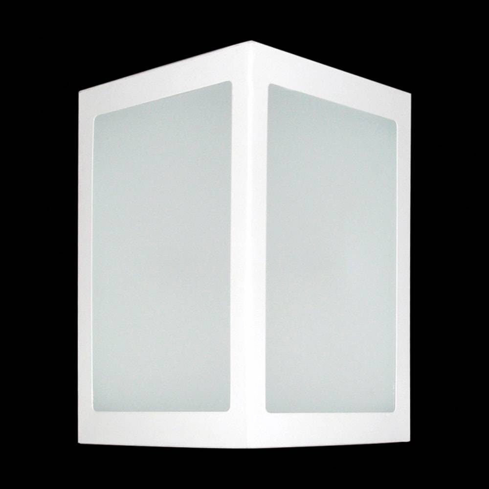 Arandela Externa Triangular Branca em Alumínio e Vidro - 23x12 cm