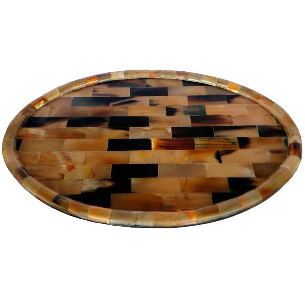 Bandeja Oval Média Marrom e Preto em Chifre - 45x30 cm