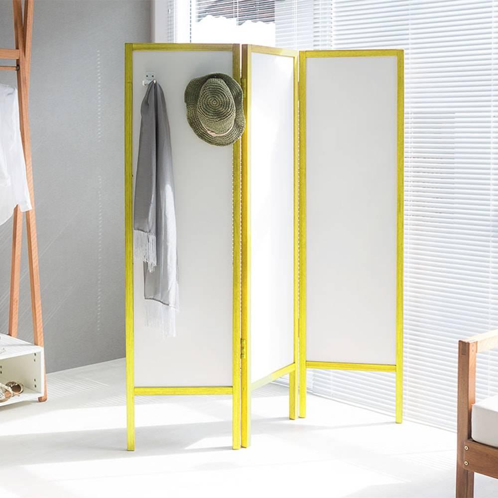 Biombo Ammy com 3 Asas e 2 Ganchos em MDF Branco / Amarelo - 165x138 cm