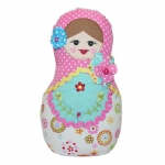 Boneca Decorativa Matrioshka Flor Rosa em Tecido - 20x12 cm